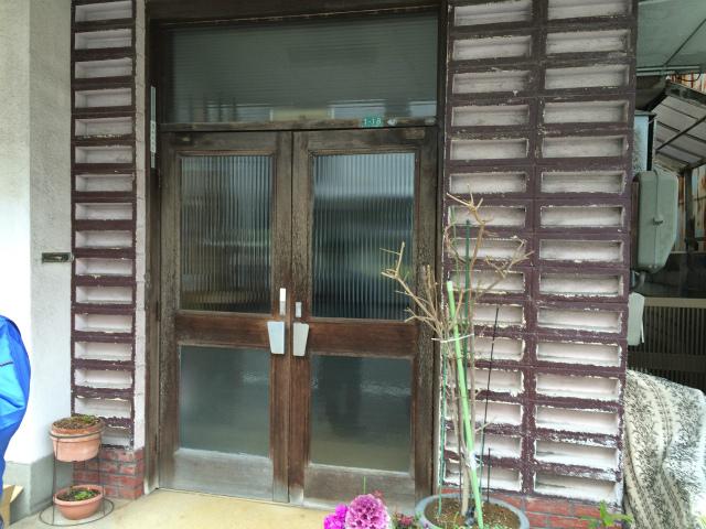 某所玄関扉及び門扉修繕