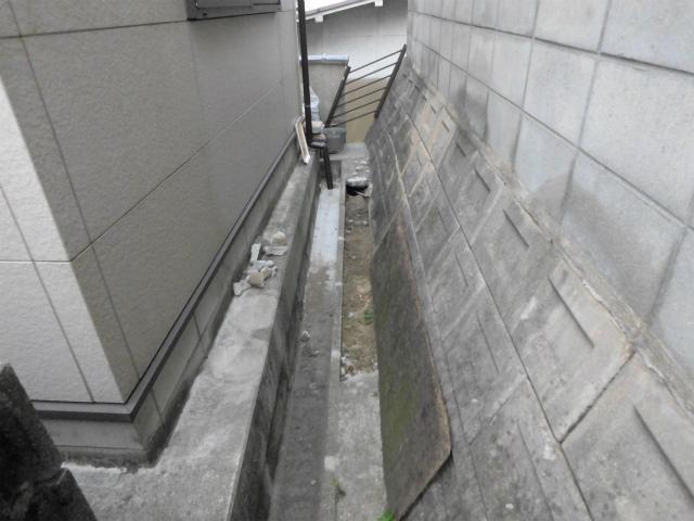 T邸犬走りコンクリート補修